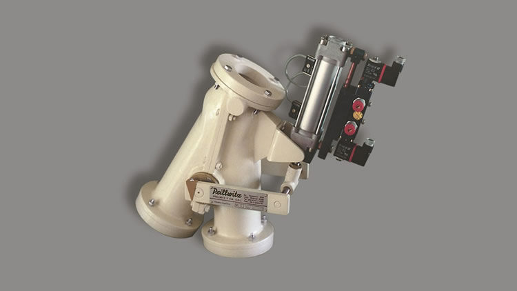 Pneumatic conveying diverter
